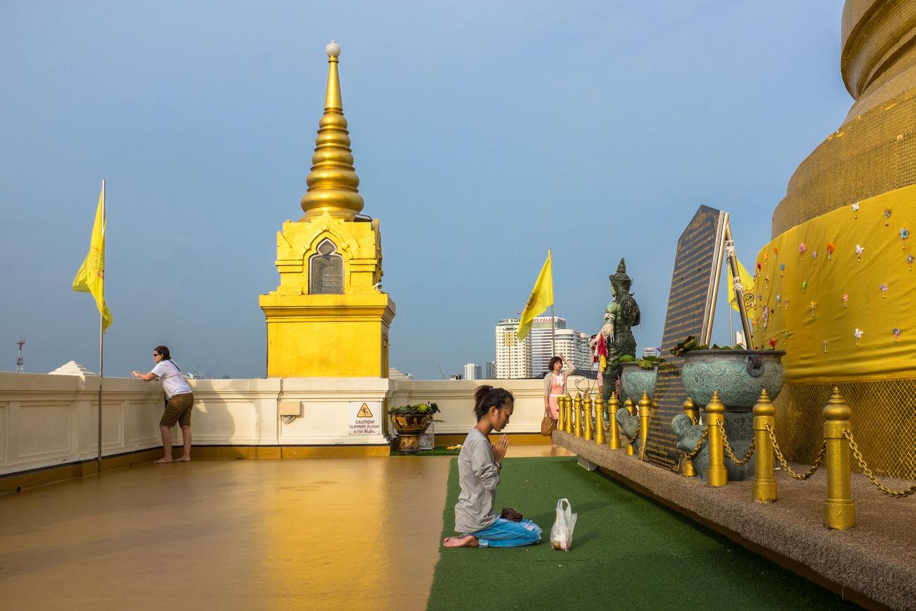 Bangkok (TH), 2016. Buddhism Fujifilm Gold People Streetphoto_color Streetphotography Temple The Street Photographer - 2017 EyeEm Awards