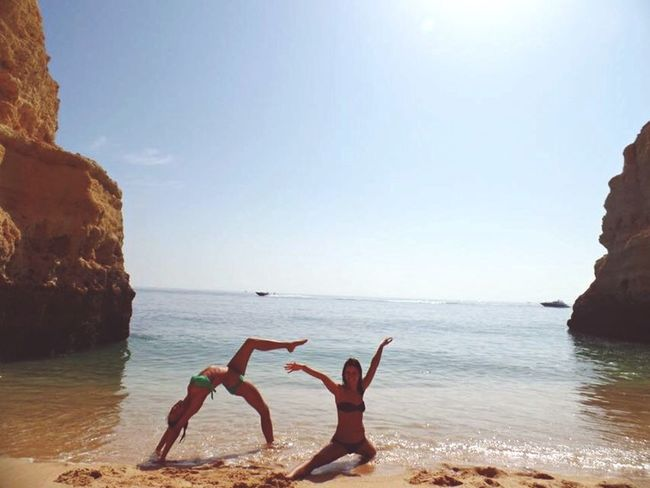 И так и сяк, когда на всём пляже нас трое отпуск океан дикий пляж First Eyeem Photo