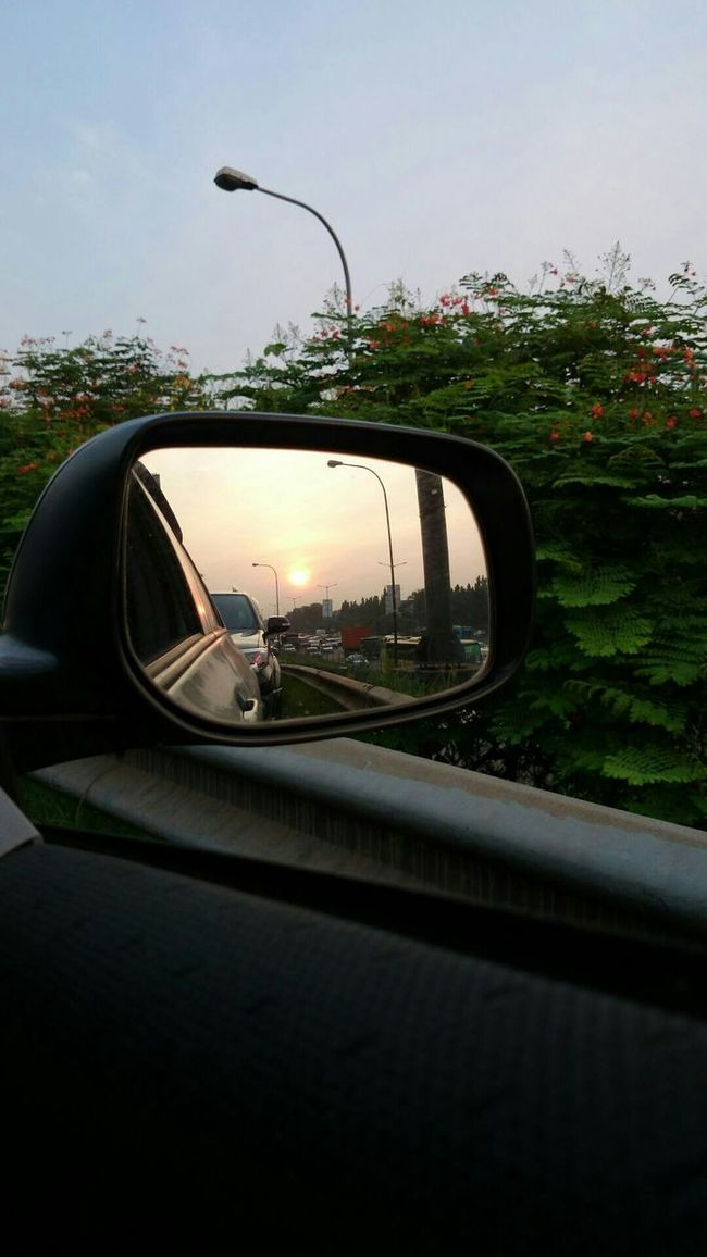 Can you see the sun ? Sun Traffic Car Spion Rearview Afternoon OpenEdit Popular
