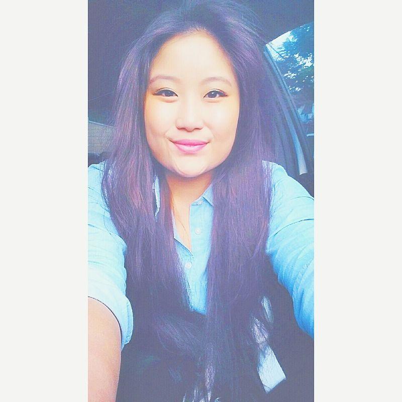kinda wanting violet hair, kinda wanting dark ash blonde hair 😋❤ Violet Hair Ombre Hair Asian Girl Selfie Tumblr Girl Red Lips