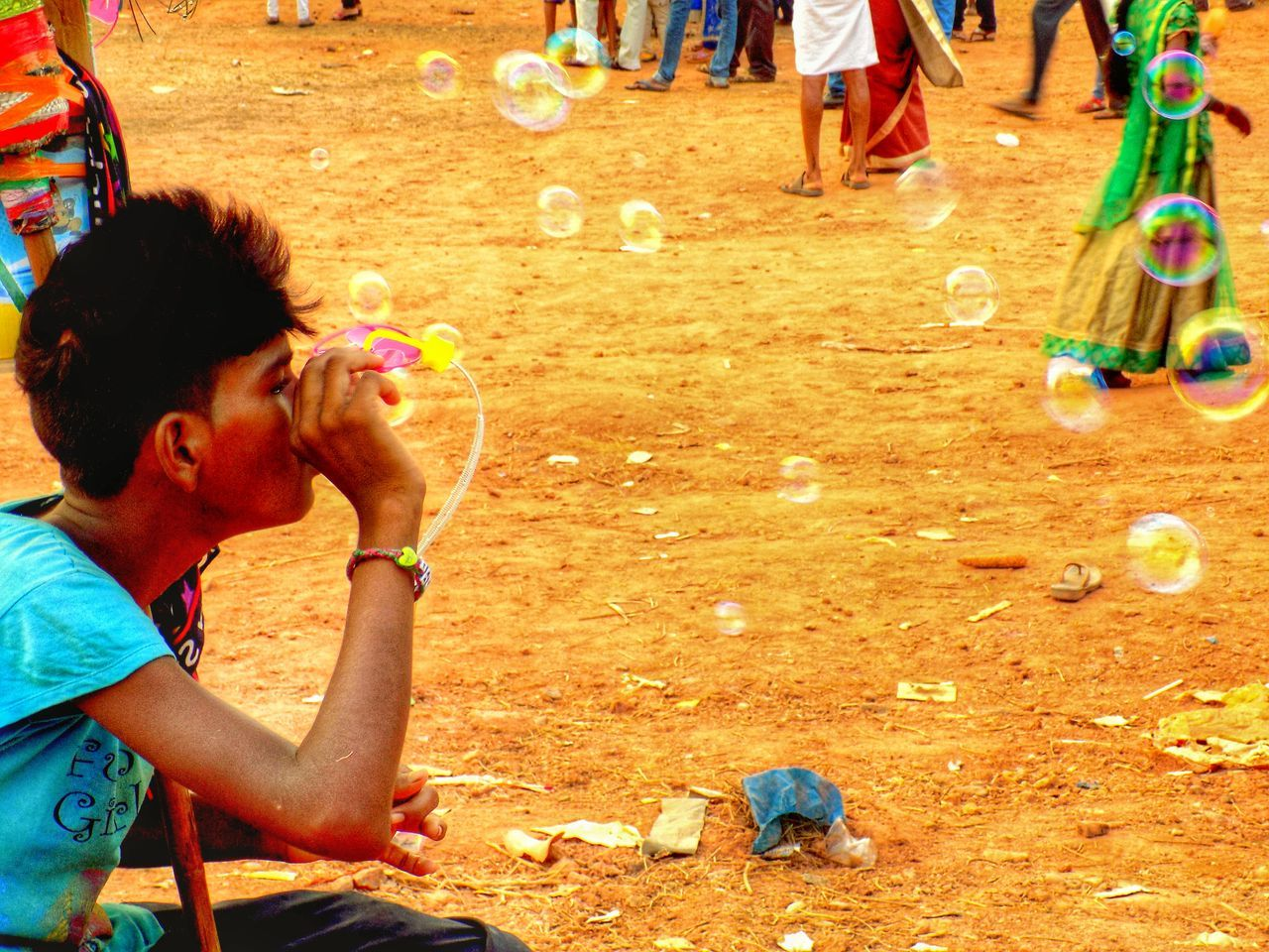 Young Adult People Water Bubbles Streetphotography Street Photography Street Life Nikonl330 EyeEm Best Shots EyeEm Gallery Eyeem India Puttur India Karnataka Capture The Moment Showing Imperfection