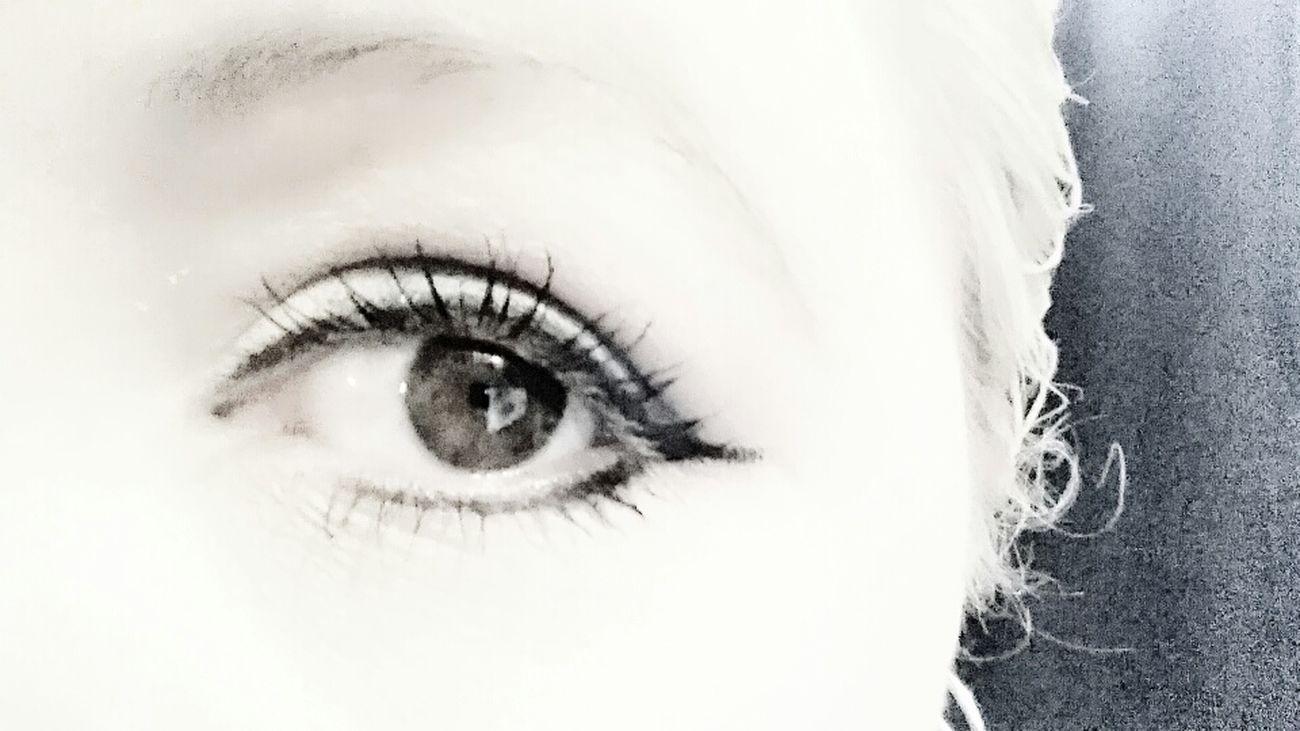 EyeEm Enjoying Life Taking Photos Relaxing Hello World Ibelieveinmagic Filmnoir Black And White Thats Me ♥ Drama