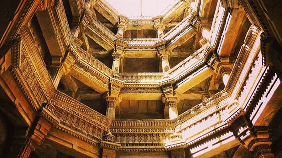 Adalaj step well Adalaj Adalajstepwell Well  Stepwell Architecture History Historic Gate Birds Historical Place Ahmedabad Gujarat Iloveamdavad Stone Art Picoftheday Capture Insta Instagood Like Instalove Instalike Great Buildinglover