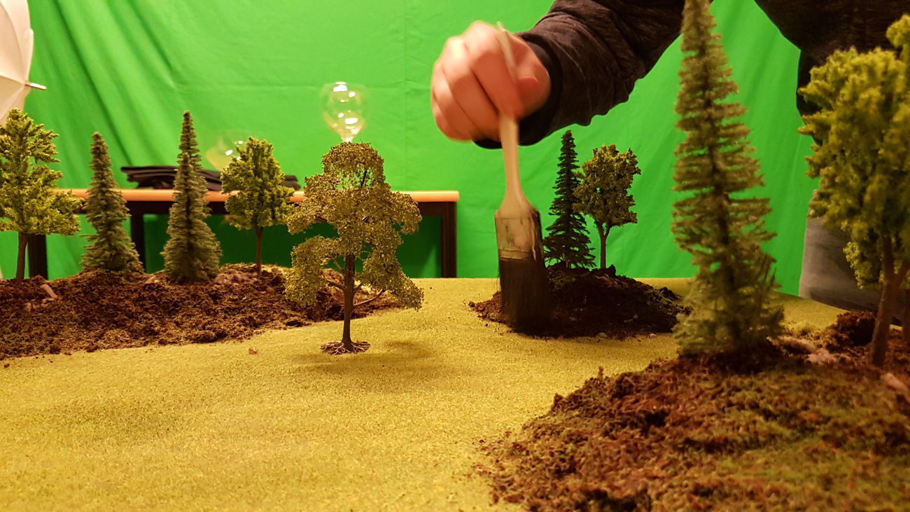 Last week I was building a miniature landscape for photo. Hope to try it out soon. 🤗 Follow my Instagram: mafoto.se Human Hand One Person Green Color Leaf Minifigures Photography Model Modeling Miniatureworld Photographer Miniature Indoors  Built Environment Landscape Small Things Miniatures Miniature Effect ınstagram Instagramer Followme Close-up Nikonphotographer Indoors  Little