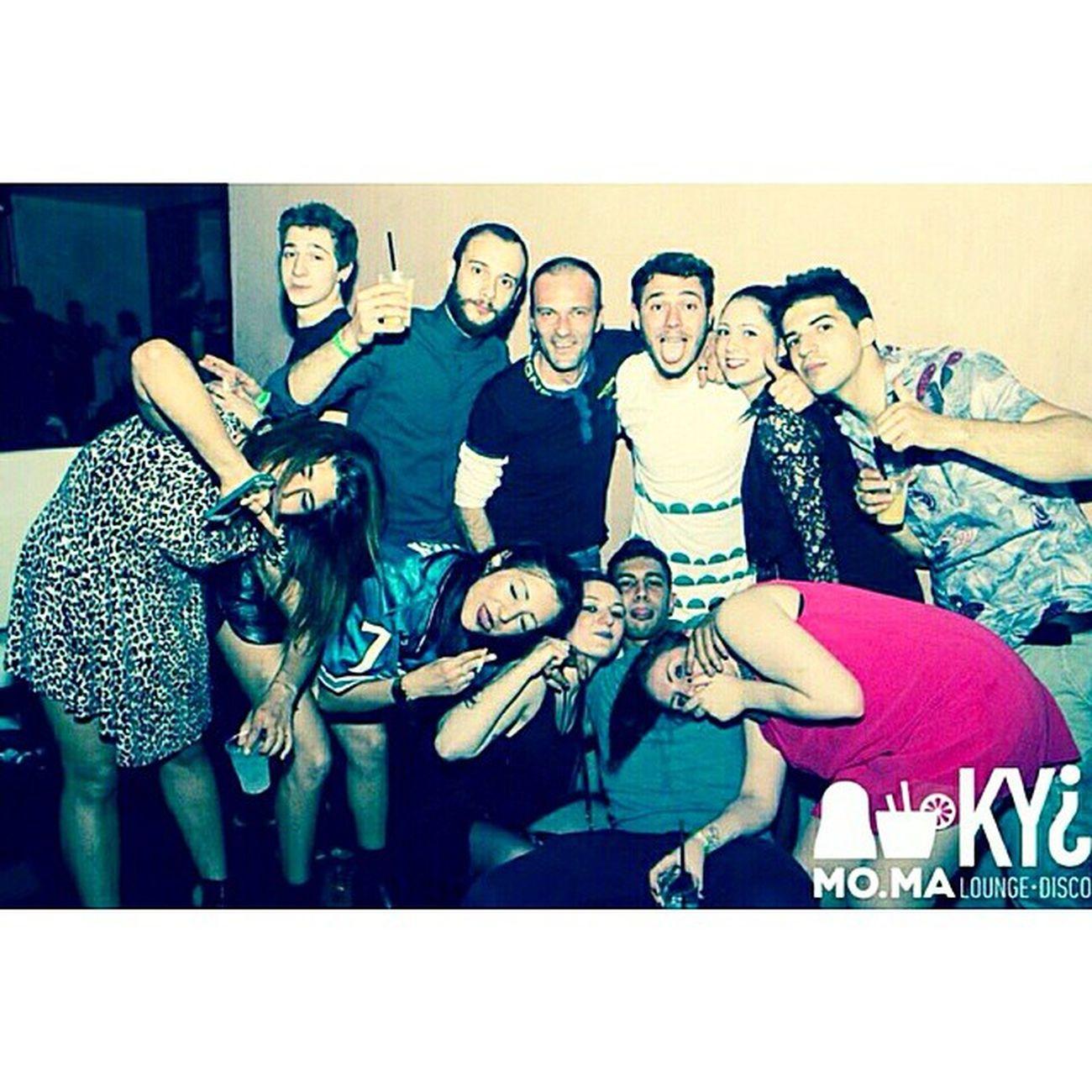 Venerdì al MO.MA c'era gente alcolizzata.. 😷💪 SenzaAlcool Moma Kyi Pocagenteseria Solocosebelle Tuttimoltosani