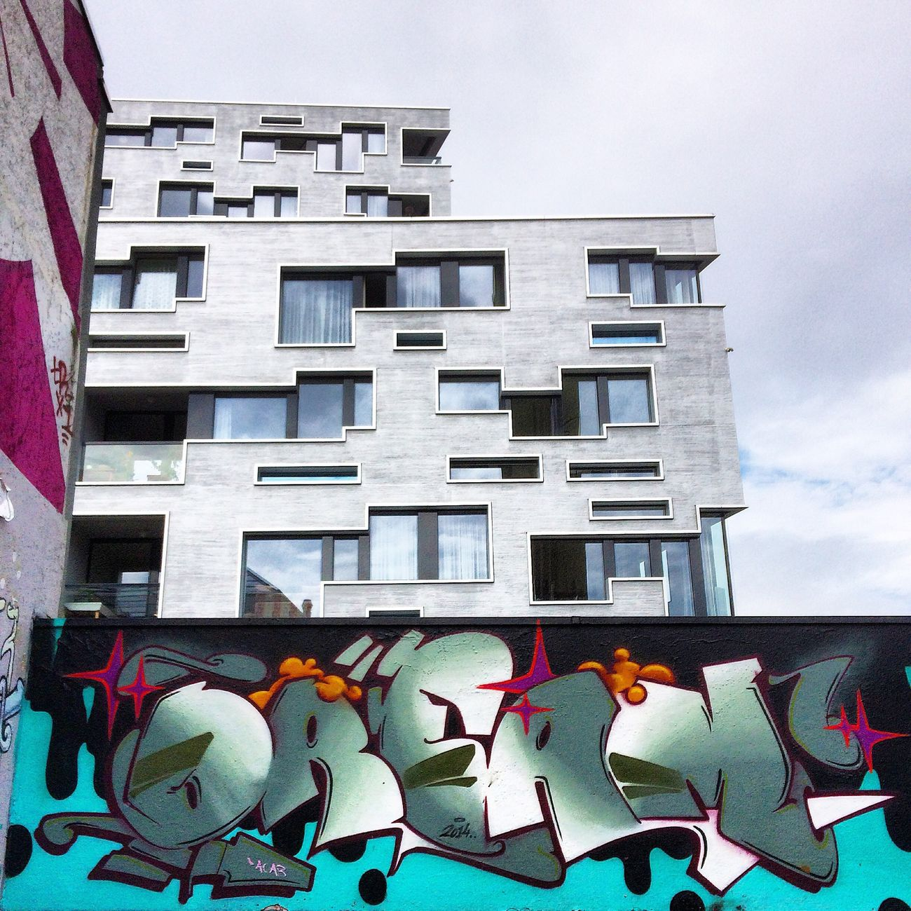 Dream Street Art/Graffiti UrbanART Urban Geometry