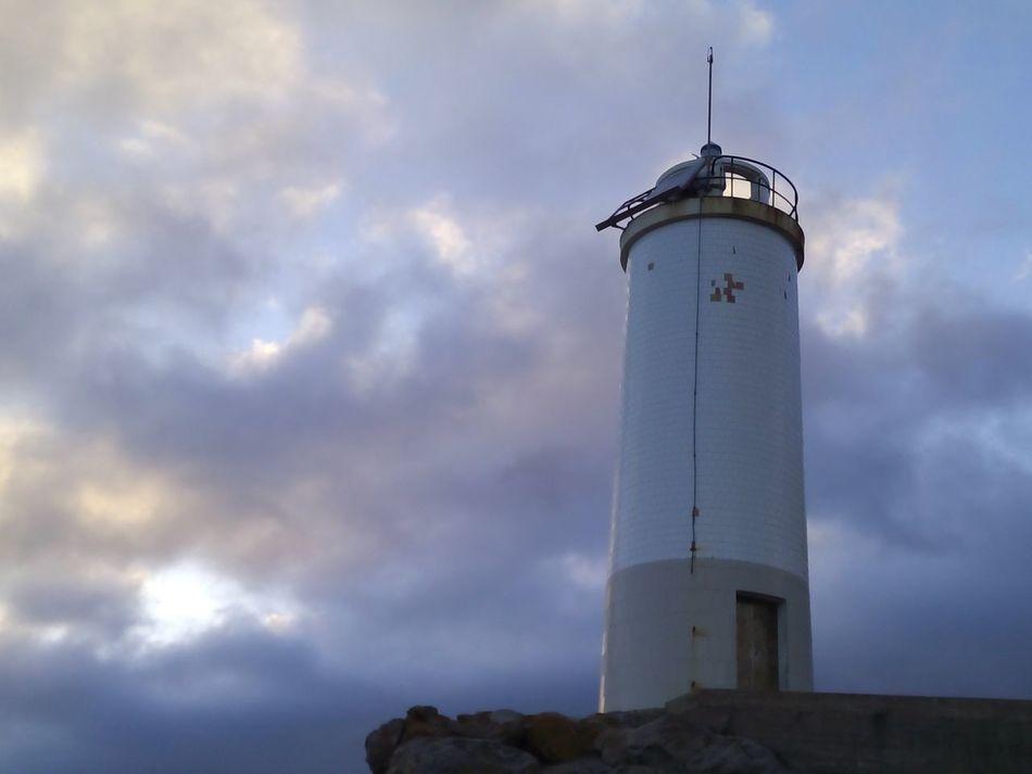 Faro Roncudo Costa Da Morte A Coruña Galicia Lighthouse No Filter, No Edit, Just Photography The Purist (no Edit, No Filter) Clouds And Sky Sky Faro