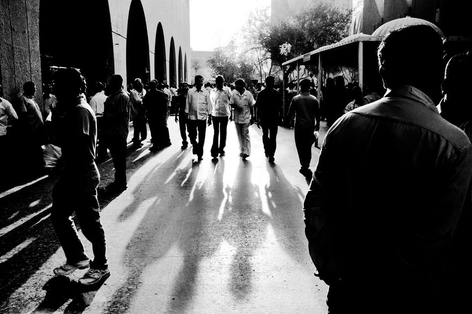 Adult Architecture Crowd Day Expat Life FilipinoStreetPhotographers Fujix100 Kuwait Large Group Of People Layering Men Middle East Outdoors People Real People Shadow Shadows & Lights Silhouettes Streetphoto_bw Streetphotography Walking