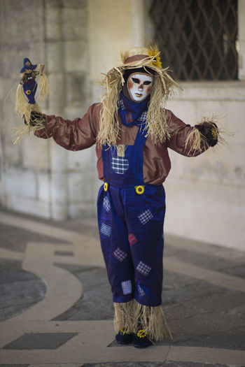 Blue Carnevale Carnevale Di Venezia Carnival Carnival Mask Dress Focus On Foreground Full Length Fun Mask Portrait Spaventa Passeri Straw Venice Venice Carnival The Portraitist - 2016 EyeEm Awards Carnival Crowds And Details