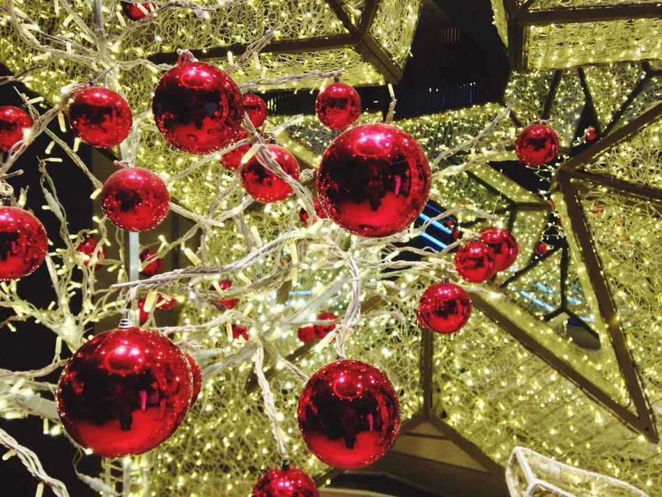 Christmas ball Balls Light Red Christmas Christmas Bauble Christmas Decoration Rama 1 Tree Yellow Lighting Bangkok Ratchaprasong Intersection Evening Light Decorations