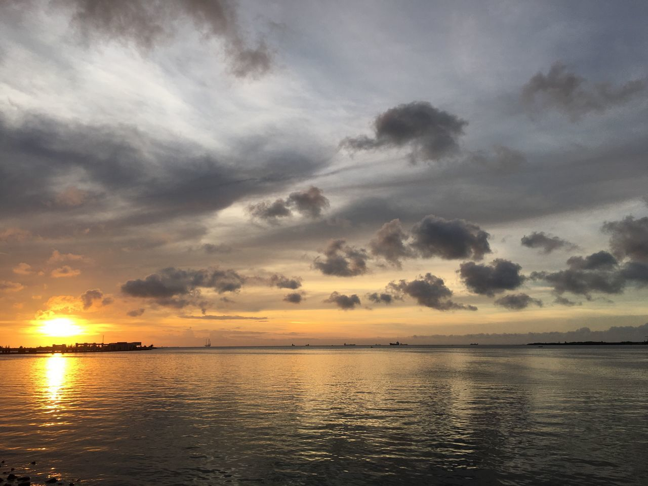 Sea Sunset Sky Water Scenics Nature Beauty In Nature Cloud - Sky Idyllic Tranquil Scene No People Outdoors Horizon Over Water Day