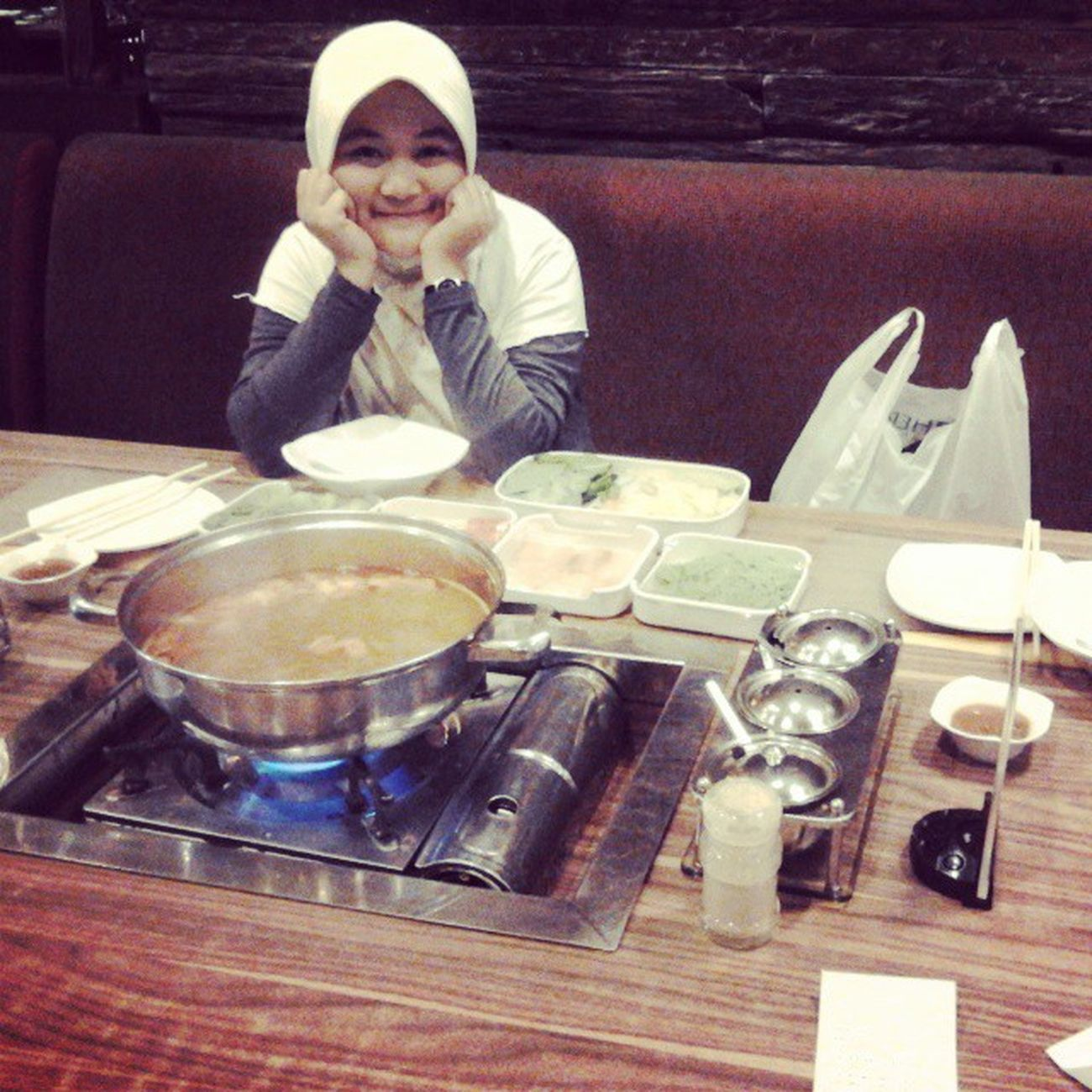 Dine with mine. Love you, wife. Dinner Moment Itasuki Shabu sirloin fillet soup bsd serpong tangerang banten instabanten indonesia living world livingworld alamsutera