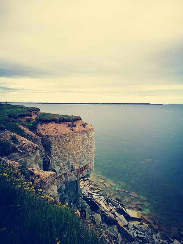 Pakri Pank Estonia Rock Cliff Landscape Sky Clouds And Sky No People Huaweiphotography HuaweiP9HuaweiP9Photography Nature Sea And Sky Seascape Lastdaysofspring Beauty In Nature Beach Horizon Over Water Water Sea Nature Estonian Nature Estonian Landscape