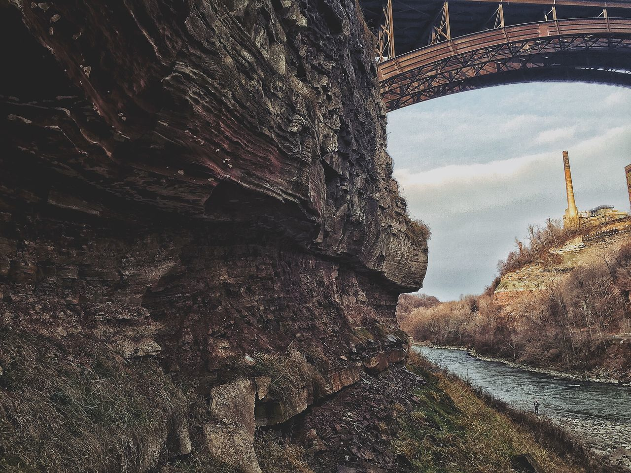 -GENESEE CLIFFSIDE- Naturelovers Rochesterny  EyeEm Nature Lover Explore Nature_collection Nature Photography Nature Rocks Rochester, NY Explorer Natgeo Eye Em Nature Lover Nature On Your Doorstep Hiking Natgeocreative Natgeotravel Explorenature Outdoors