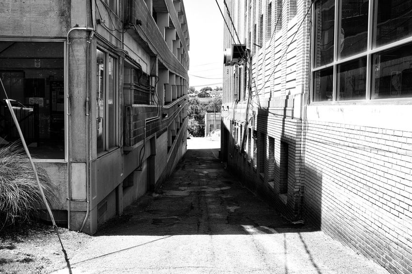 Alleyway Alley Architecture Blackandwhite Buidings Darkness And Light Street Streetphoto_bw Streetphotography