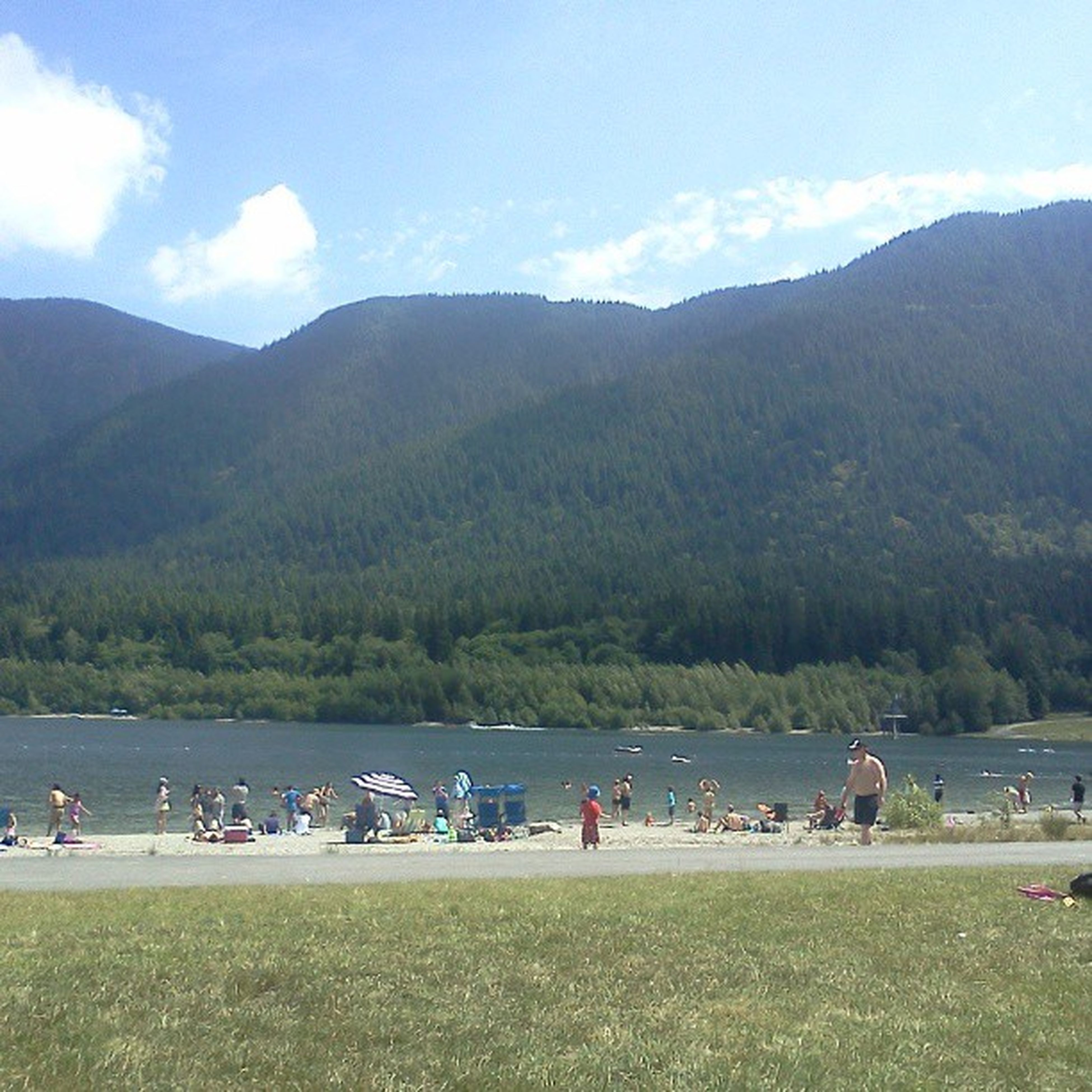 Spent the day at the lake with Hailey <3 Seen a lot of lean Cuisines I want to touch. Lake Gorgeous Sunny LeanCuisines