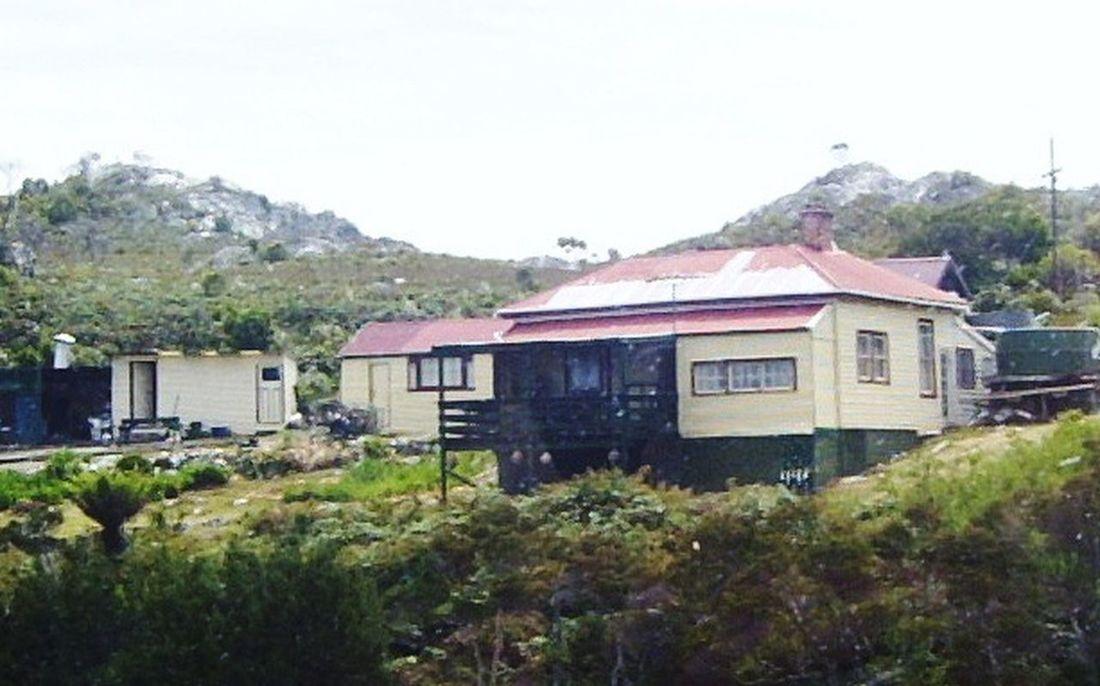 Houses By The Sea Tasmania Tasmanian