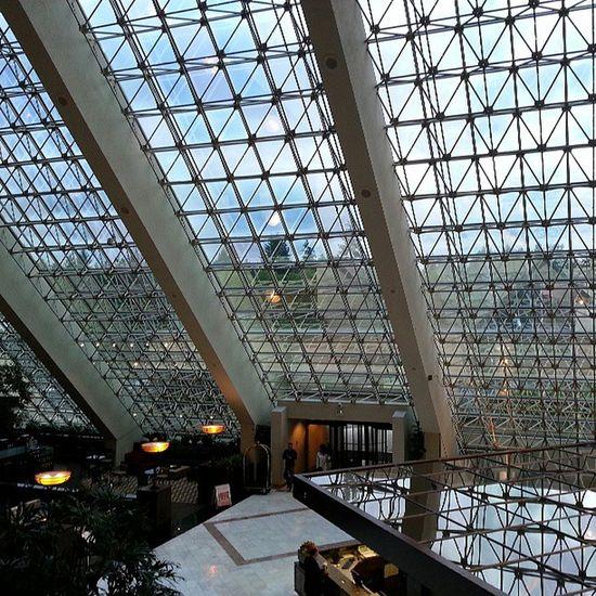 Hilton Bellevue has amazing windows Architecture Art