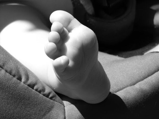 Baby Human Foot Barefoot Babyhood Newborn Black And White Close-up Human Body Part Childhood Fragility New Life Person Foot Lily May Collection Lilymayparker.blogspot.be