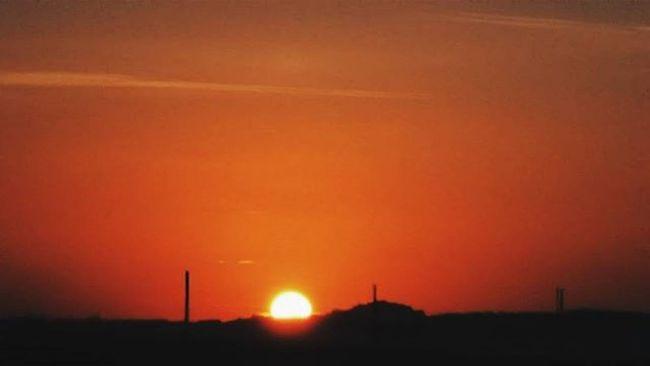 I missed watching the sunset 🌞 VSCO Vscocam Picoftheday Instaoftheday Sunset Sundown Spadafora Messina Exploreitaly Visitsicily Sicilytourism Whatitalyis Whatsicilyis Igersitalia Igersicily Ig_italy