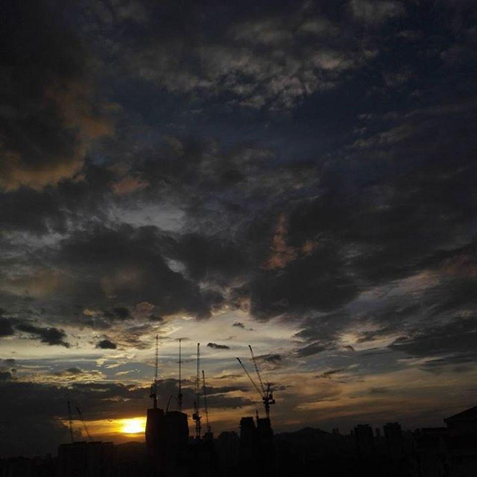 sunset 🌆 Igers Igersmalaysia Igersmalaya Igersganu Igersworldwide My_genggua Vscomalaysia Vscocam Vscocam_my VSCO Mobilephotography Mobilegraphy Ikutcarakita Projekanoknegeri