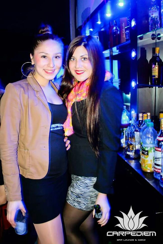 Barwoman Check This Out Enjoying Life That's Me Happy People Style