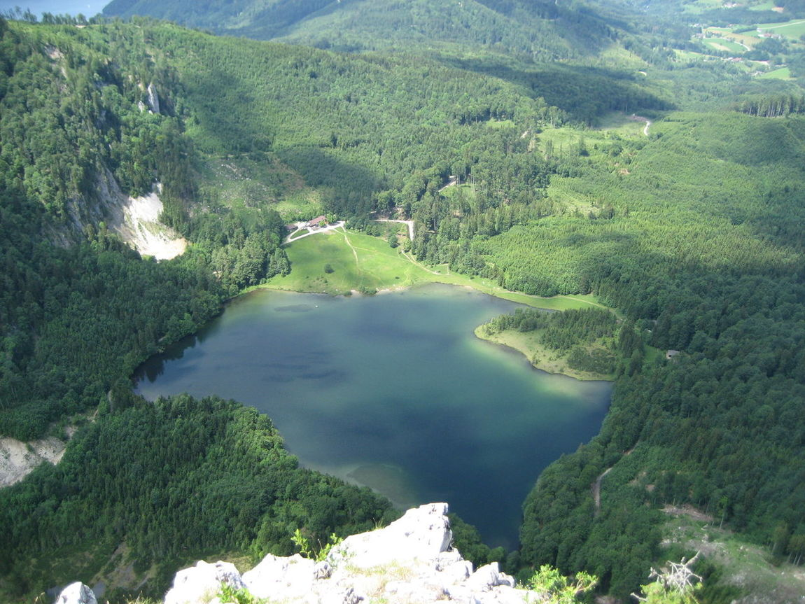 Ausblick Austria Green Color High Angle View Landscape Laudachsee Nature No People Salzkammergut Scenics See Water