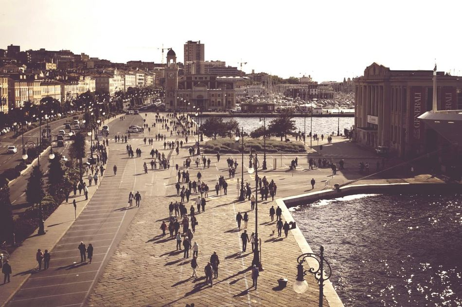 Sunday... Taking Photos Hello World Streetphotography Shoot, Share, Learn - EyeEm Trieste MeetUp