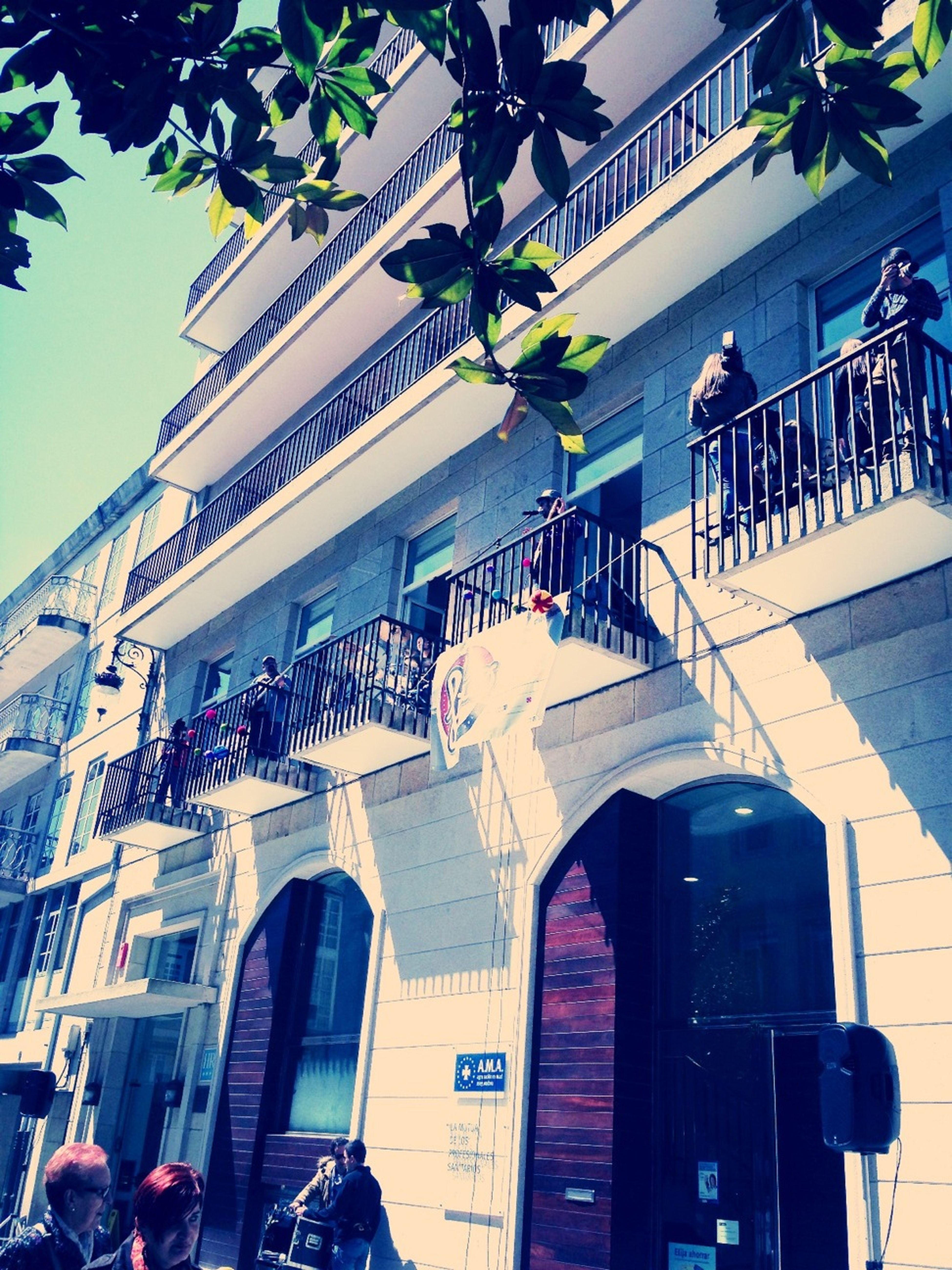 Fibes, music in the balcony Music Street Music Balcony