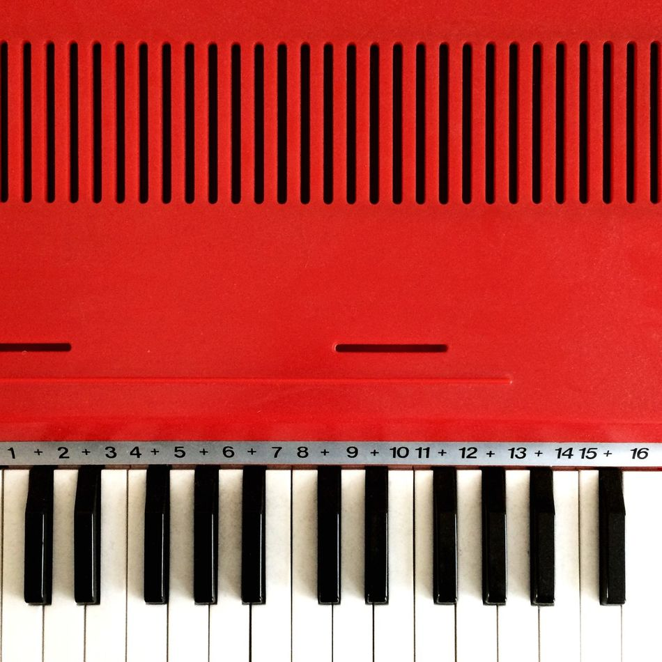 Beautiful stock photos of piano, Backgrounds, Black Color, Close-up, In A Row