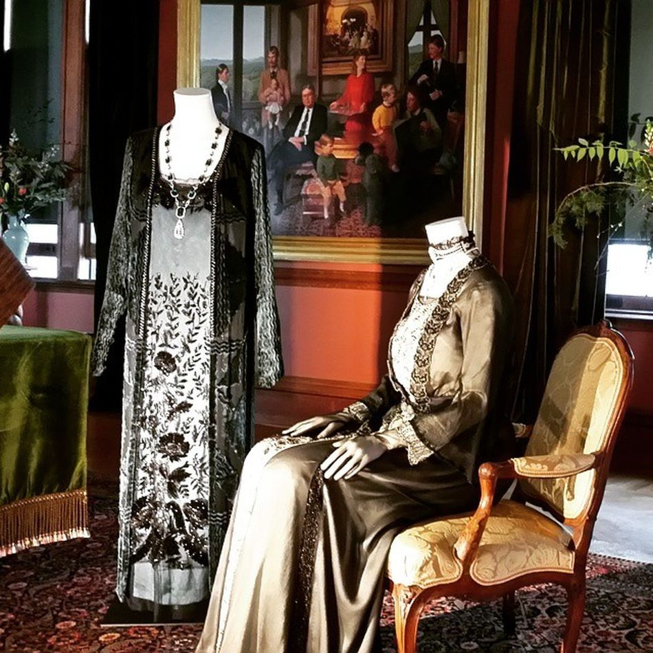 DowntonAbbey costume exhibit at Biltmore Avl Wnc avlent