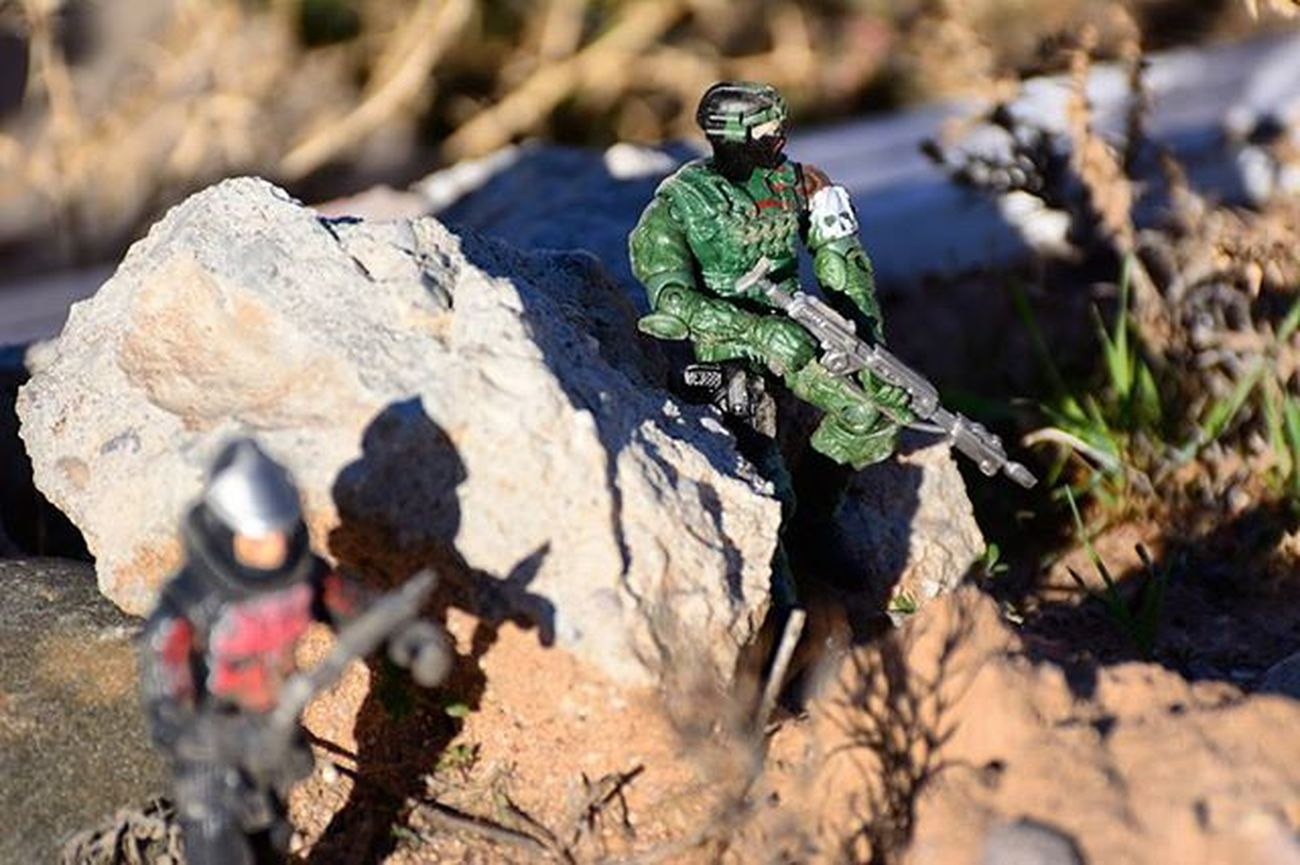 Posted up..ready for anything! Toyonlocation Plague TheCurse Toys Photooftheday Photoshoot Elite_shotz Clean_captures Illest_shots Toy_crewbuddie Arizona Desert Toyboners Toycrewbuddies Teamnikon Tv_hdr Igers Phxtoys Phxtoypics Figurine  Collectable Actionfigure Military Cheaptoys