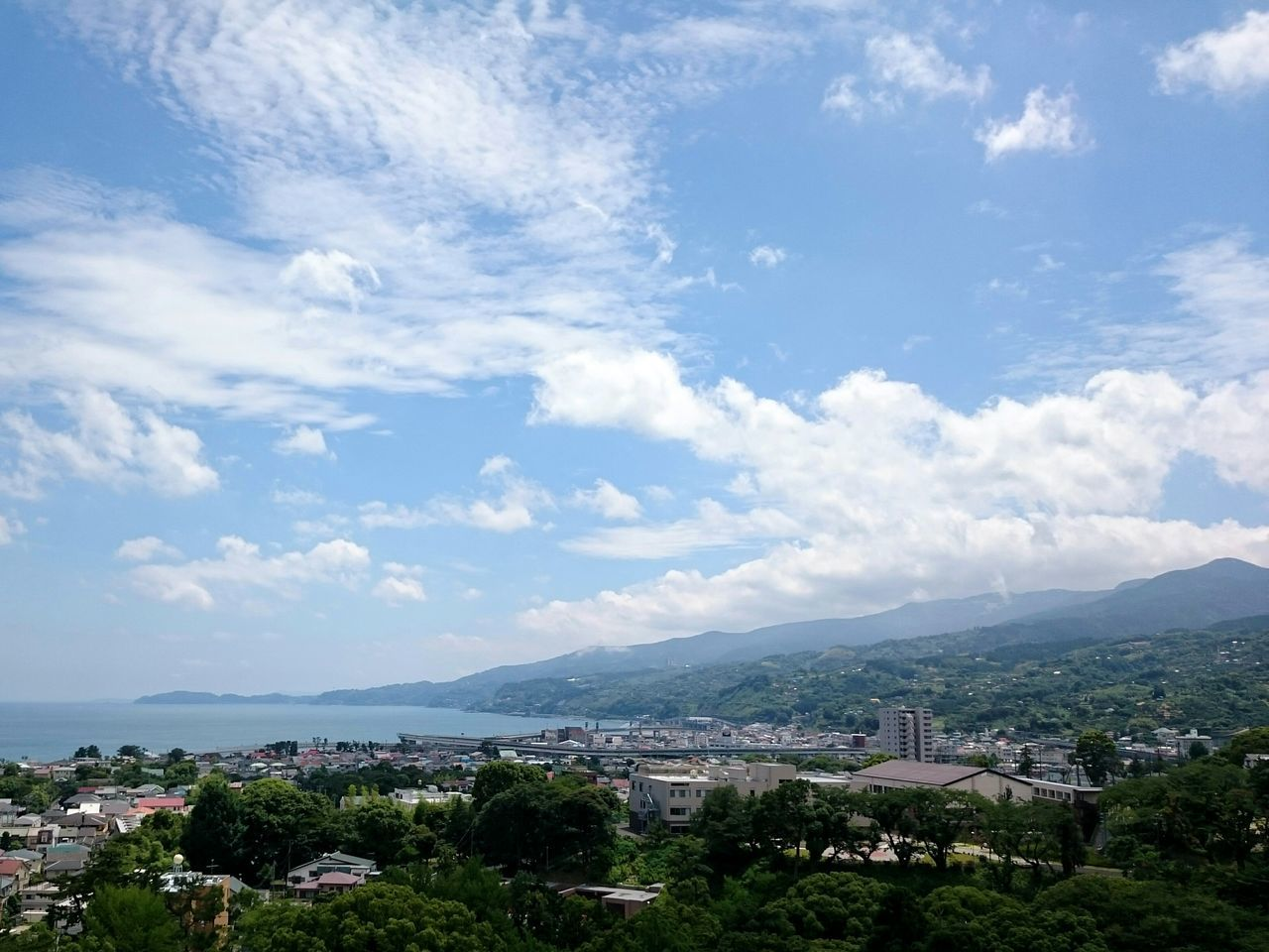Eye4photography  EyeEm Nature Lover Nature Beauty In Nature Landscape City Sky Mountain Sea Sea And Sky Relaxing Cityscapes Getting Inspired City Life Light And Shadow Taking Photos Cloud Sky And Clouds No People Outdoors Odawara XPERIA