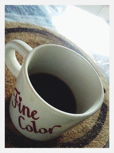 Un caffè dopo riposo dormito.昼寝からの目覚めの一杯…♪ 一日の間に多少の睡眠とるとすごい頭冴える。思考も行動もはっきりするね(^ ^)