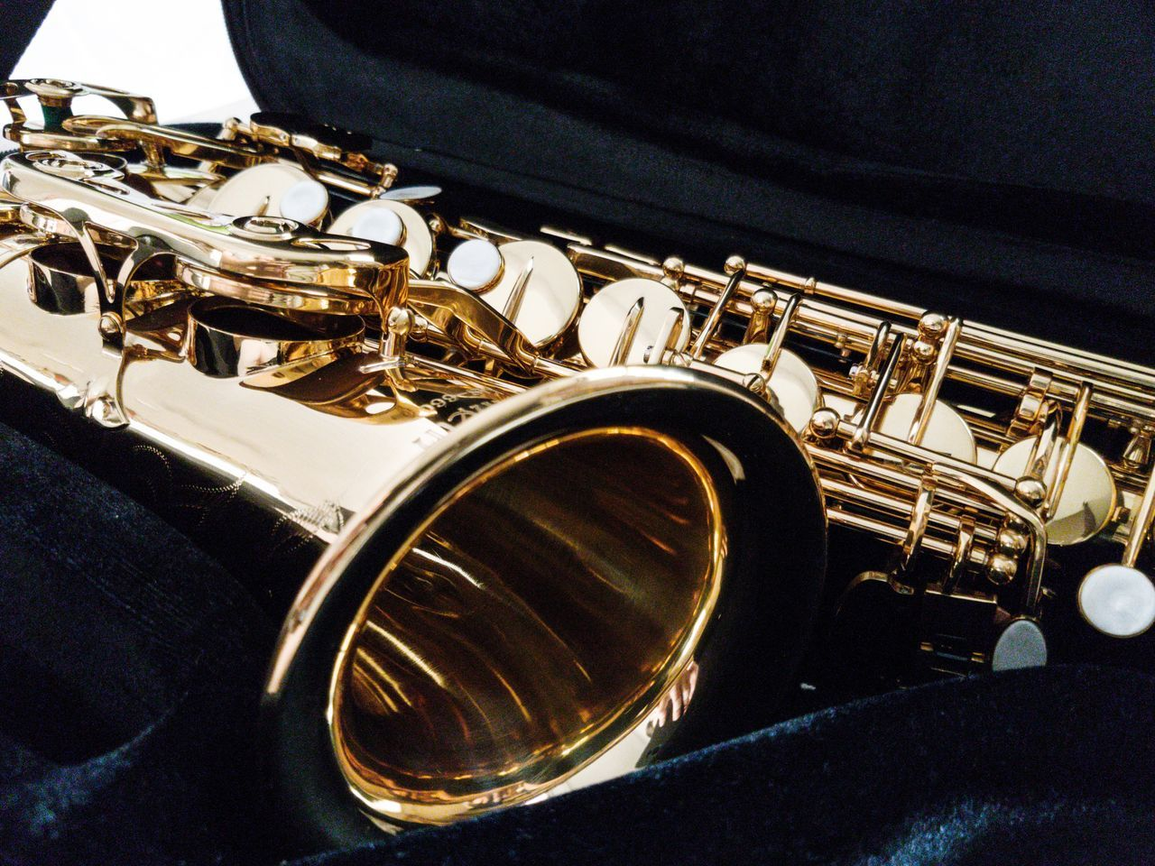 Music Musical Instrument Arts Culture And Entertainment No People Saxophone Classic Elegance Beautiful Close-up Music Melody Alto Saxophone Vintage Idea