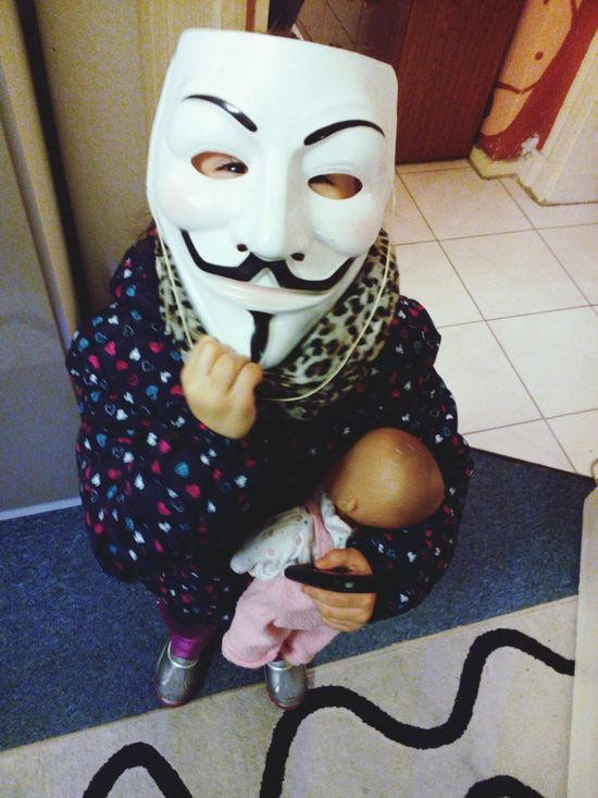 Nachbarschaft Nachbars Tochter Anonymous Mask Mask - Disguise Mask_collection Children Photography We Are One AnonymousCreative Anonymous Mask Anonym Anthropomorphic Face One Woman Only Face Guard - Sport One Person Anonymity Anonymus