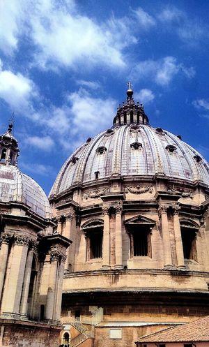 Cupola di san pietro Basilica Di San Pietro In Vaticano Cupola Di San Pietro Citta Del Vaticano Vatican City