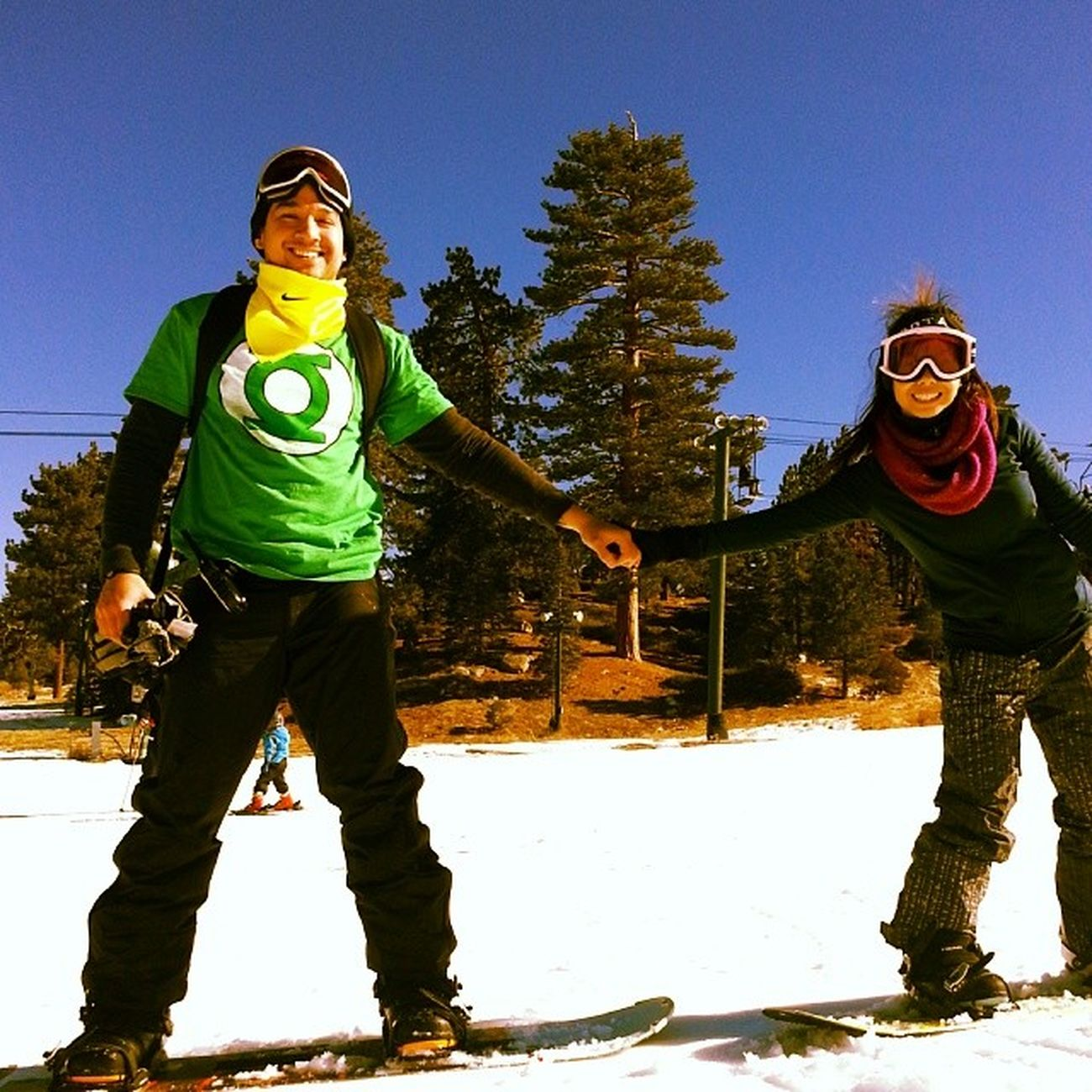 Me and my snowbunny @ivyg0. Snowboarding Handholding Hardtotakepicturesonsnowboards Newobsession andmynumberoneobsession