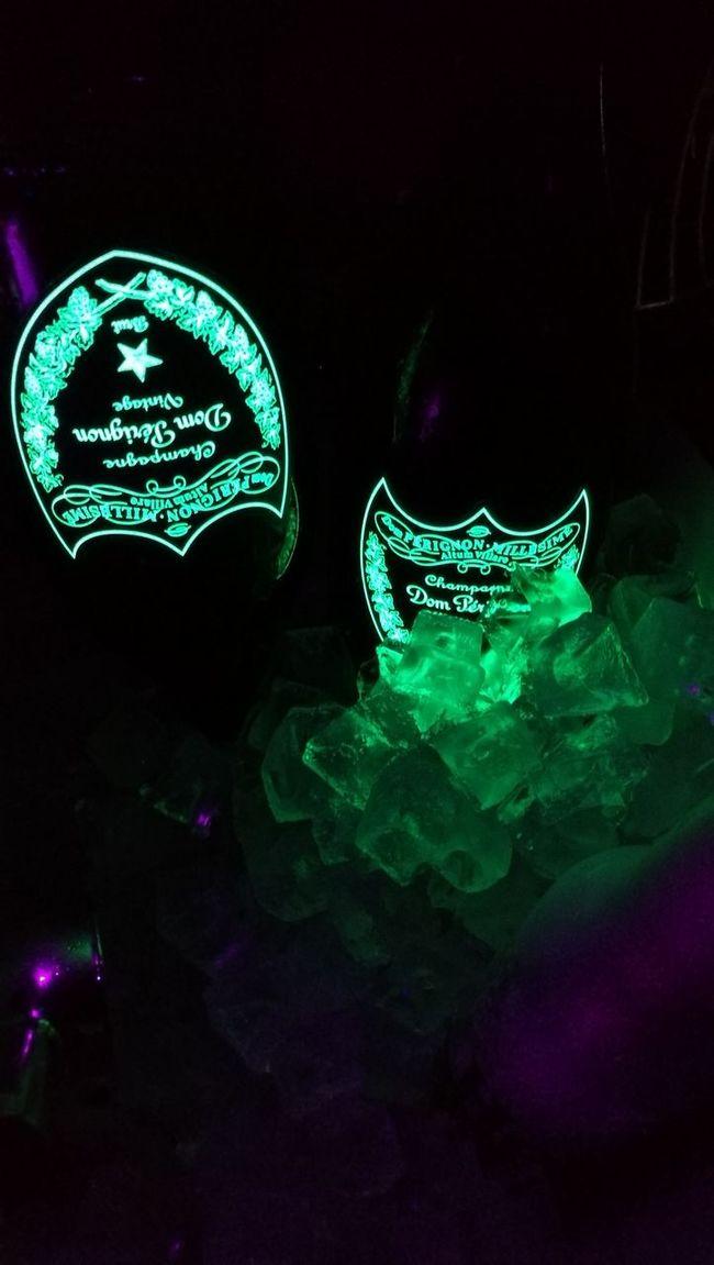 Clubbing Dubai Cirque Le Soir Dom Perignon