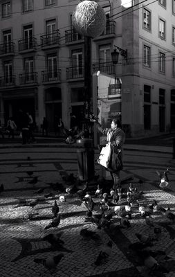EyeEm Lisbon meetup at Praça Luís de Camões by Joker
