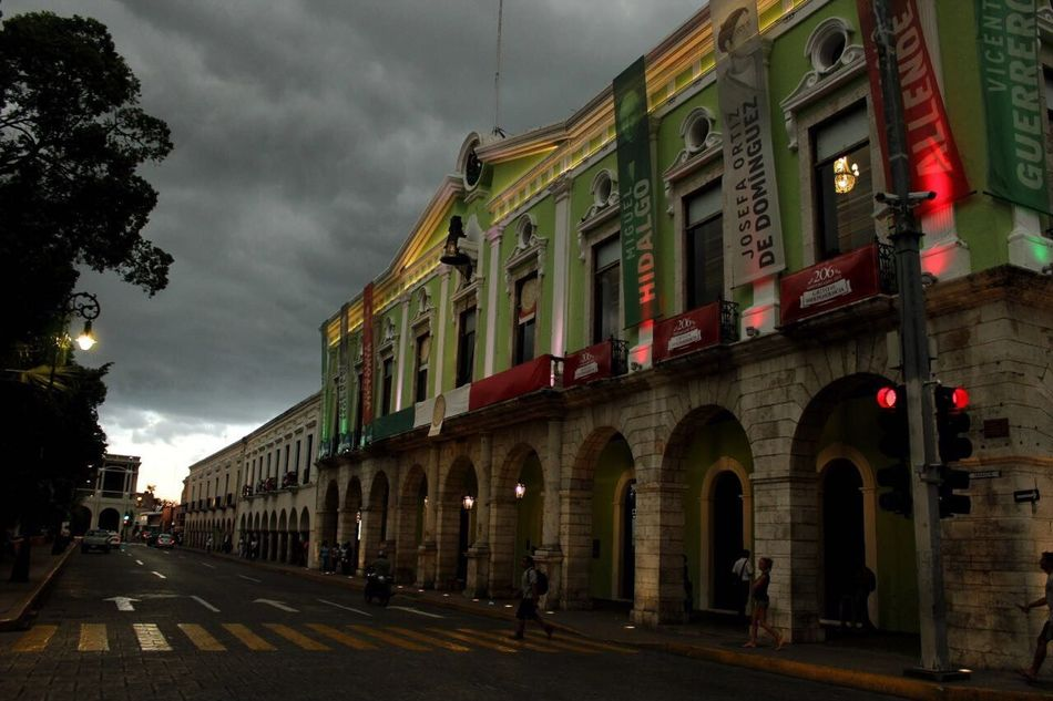 Hermosa Mérida Architecture Sky Street City Outdoors Cloud - Sky No People Day Canonphotography Canon Fotografomexicano Mestradaphotography Photography Mid Yucatan Mexico
