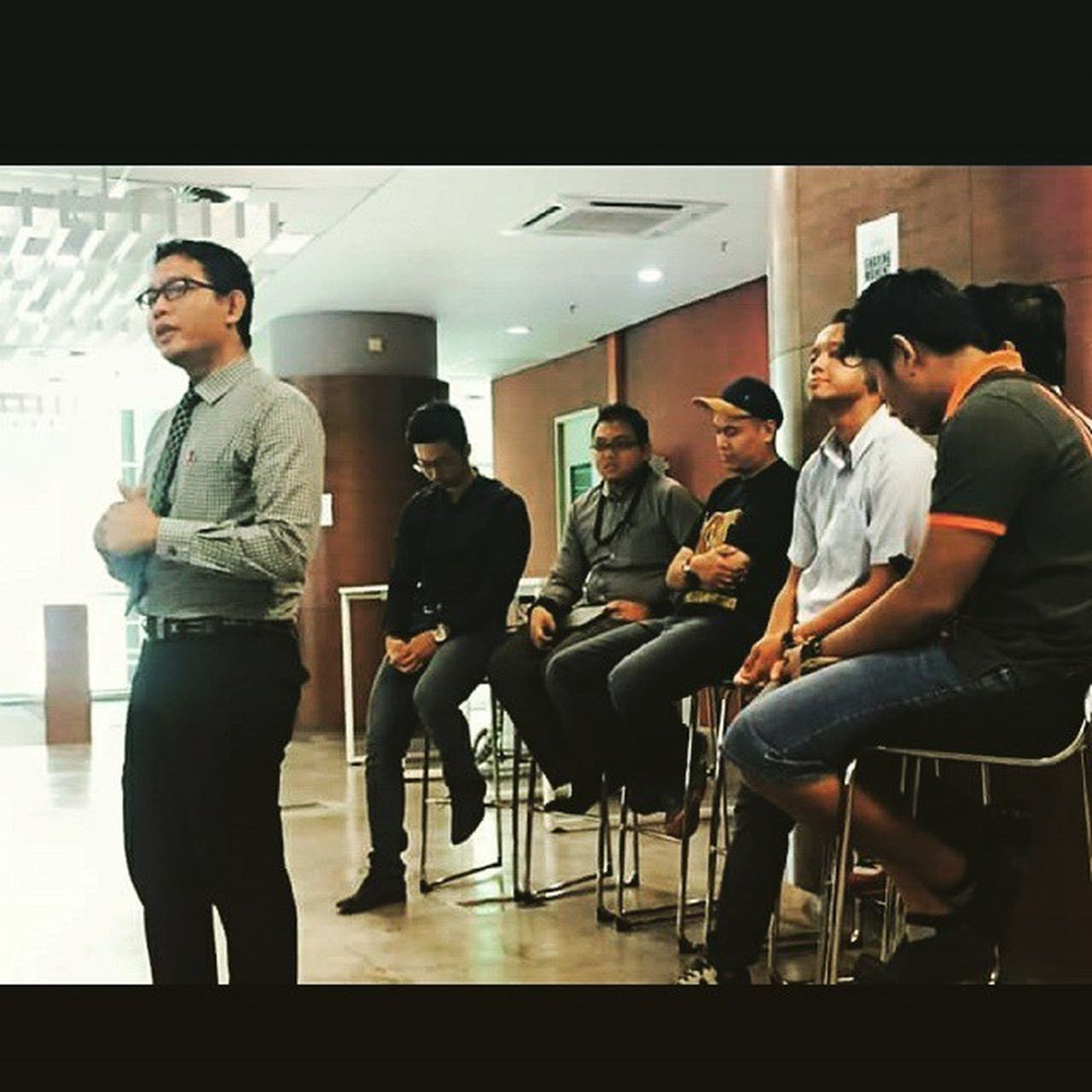 Talk session with KLMUc's students this morning, thanks to KLMUc E-Business School for giving us this opportunity... Until we meet again Klmuc Alumni Reunion
