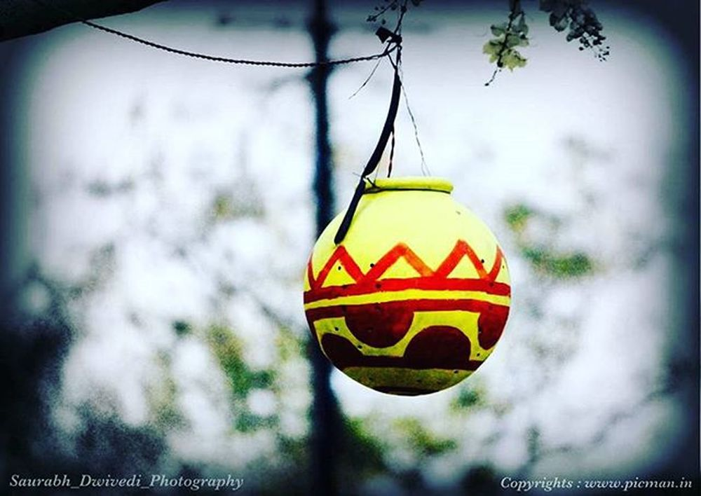 Mudpots Lamps Creativity Beautiful Colors Nightlamp Jaipur Jaipurdiaries Jaipurcityblog Jaipurlove Instajaipur Instagram Instapuc Instaclick Instagraphy Picman Photography Keepcalmandclick Likes Traveller Photographer Wanderlust Evening Canon Canon_official canon700dshots