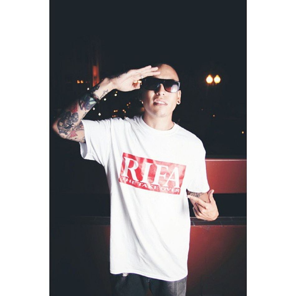 Shot of yesterday's night shoot with Diego, and the Konsept crew for Rifa Clothing by the tattoo artist yeb1 // konseptproject ocsnaps #photoshoot #shoot #night #chillin #rifa #yeb1 #instacool #glasses #flash #canon #epphotography #santaana #oc #tattoo #tattoos #sleeves #ocsnaps #pudding #konsept #rifaclothing #thetakeover #networking