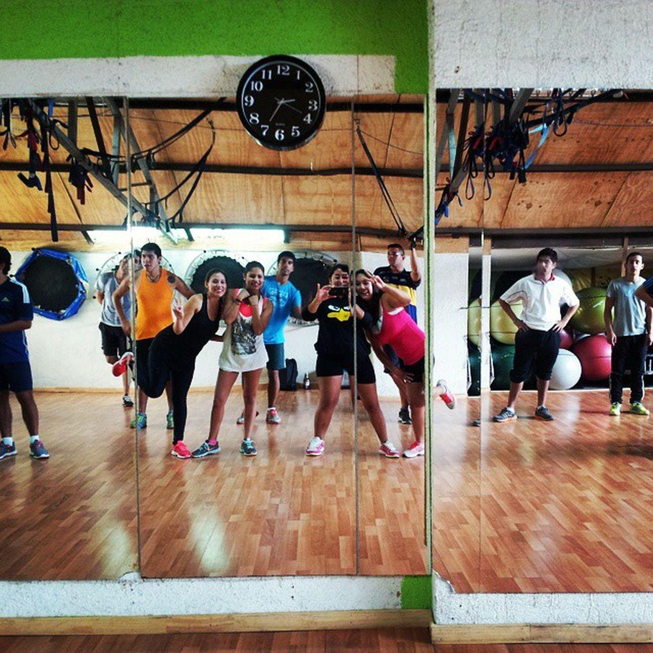 Baile entretenido 🙌 Santotomas Chiquillos Amorir PF2015