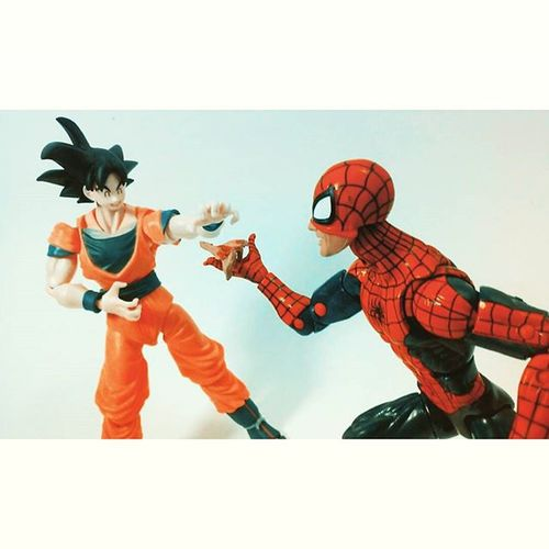 """Some pizza goku?!"" ""Pizza!!,heck yeah!,all my training got me hungry!"" Marvellegends BANDAI SHfiguarts Shonenjump Songoku Dragonballz Dragonball Toyphotogallery Toycrewbuddies Toystagram Toyslagram Toycollection Toycommunity Toyporn Toyphotography Toycollector Toyplanet Toyunion Toysartistry Toyartistry_elite Amazingspiderman Spiderman Toygroup_alliance Actionfigurephotography Articulatedcomicbookart acba toys4life figurecollection figurecollector toyrevolution"