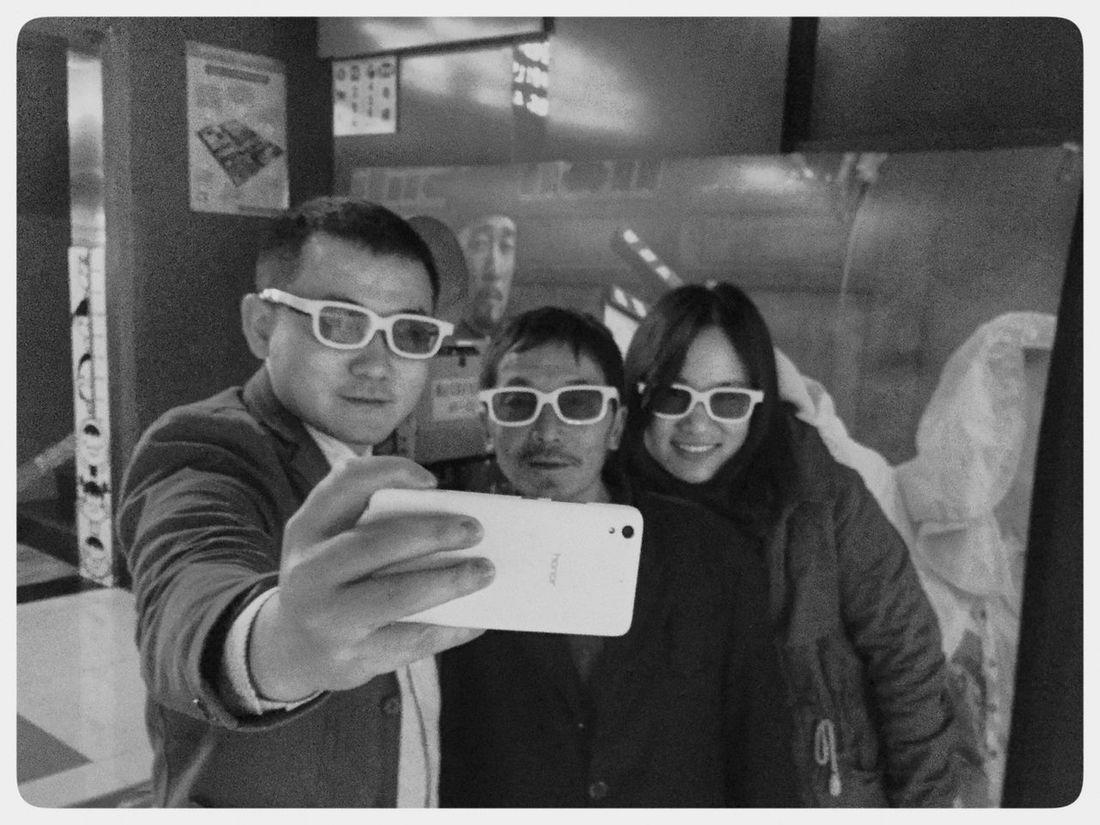中国 China Photos 黑白 Street Photography Streetphotography Foshan,China 佛山 街头摄影 Candid Photography Mobile Conversations