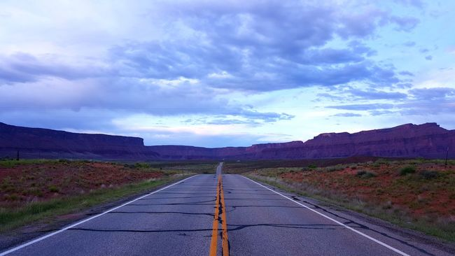 Open Road Straight Road Vast Scenic Drive Landscape Arid Landscape American Southwest Utah