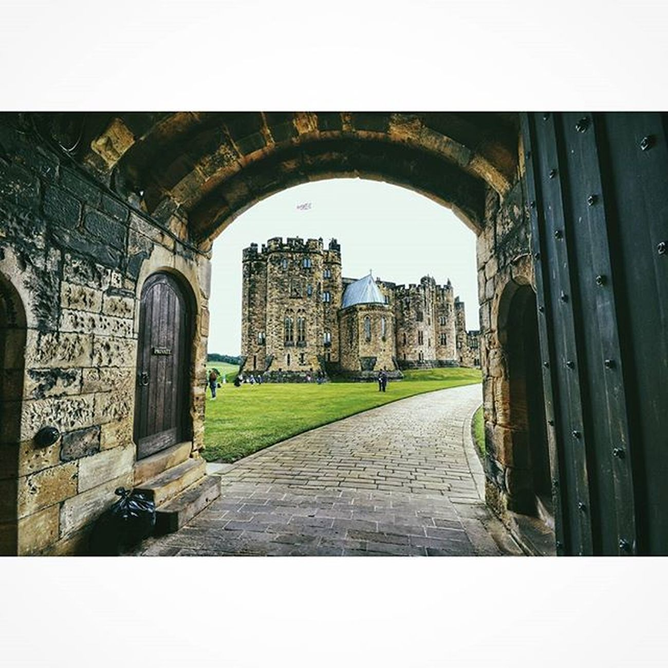 Alnwick castle (aka Hogwarts)... Northumberland Castles Explorenland CapturingBritain Fiftyshadesof_history Harrypotter Nexus_nation Ig_britishisles Alnwickcastle Historic_captures