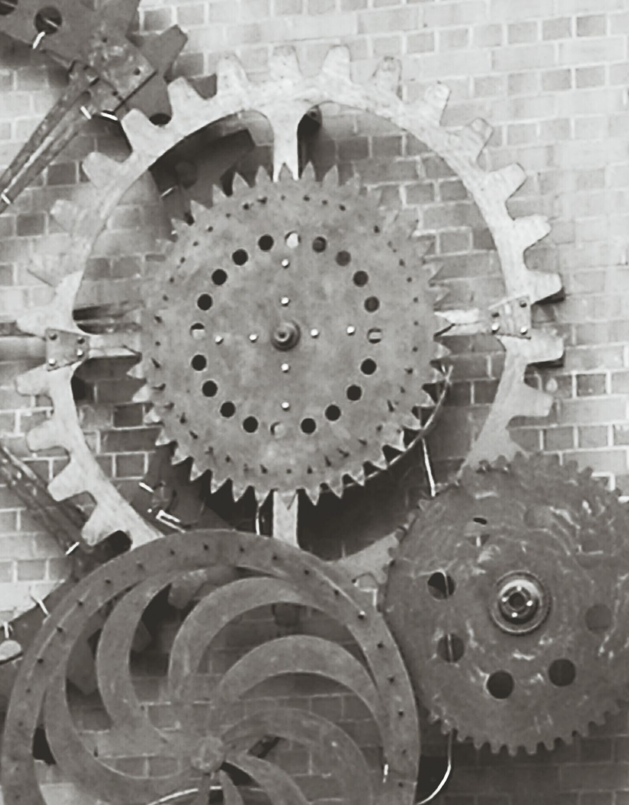 Gear Clock Metal Machinery Industry Machine Part No People Manufacturing Equipment Factory Teamwork Close-up Interlocked Clock Face Industrial Equipment Minute Hand Clockworks Day